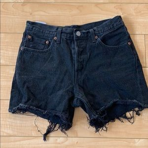 Women's high rise Levi's shorts (501)